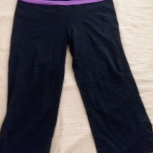 Ladies Woekout Pants Kirkland Size XL Like New